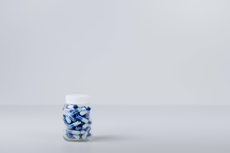 薬のボトル